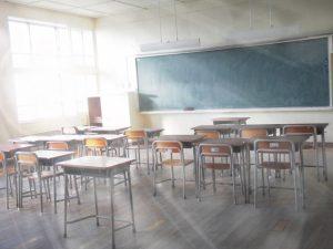 フリースクールでも中学校に籍を置いておく必要がある。
